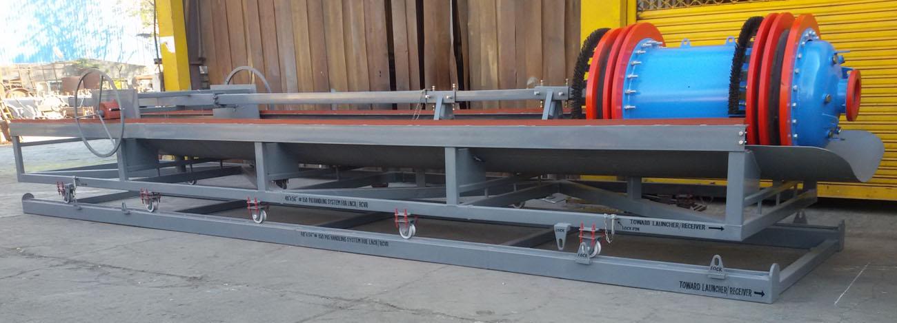 Pipeline equipment scraper trap flow tees pig